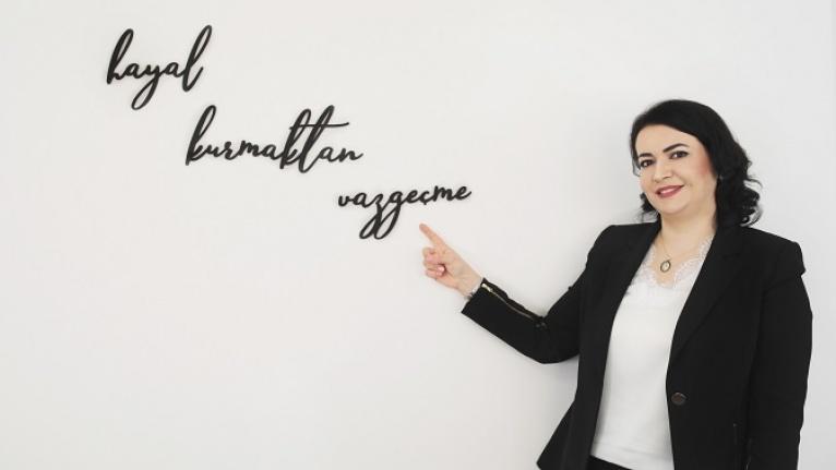 Türkmenistan'dan gelen iş kadını Türkiye'de 3 şirket kurdu